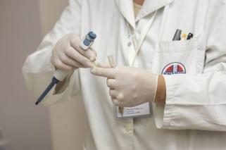 medic-hospital-laboratory-medical-40559-large